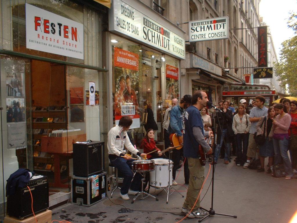 Festen Record Store