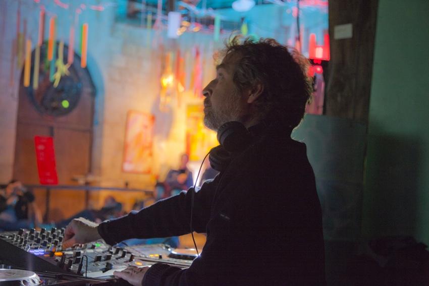 Jean-Yves Leloup, Techno 100, Le mot et le reste