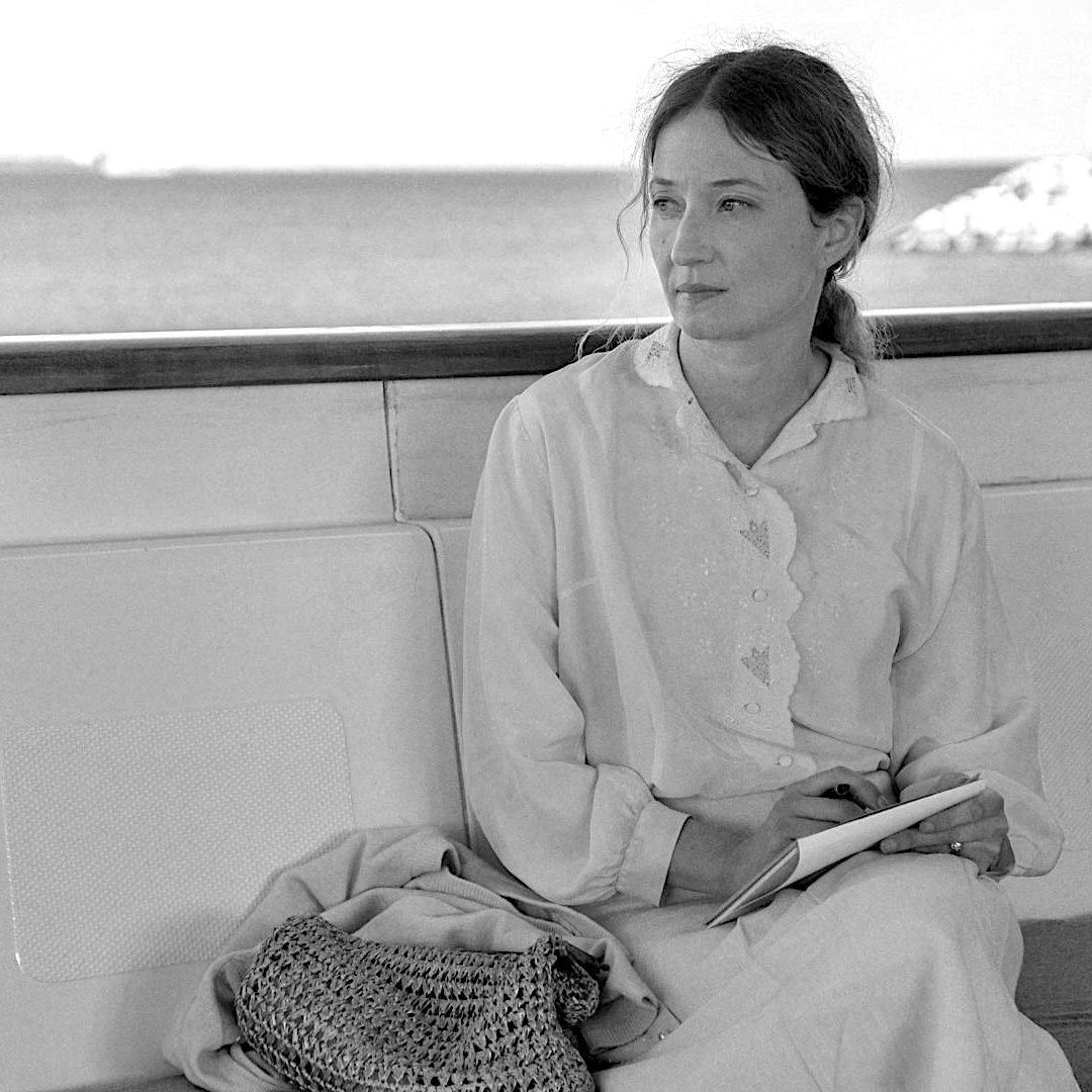 """Alba Rohrwacher dans """"Sous le ciel d'Alice"""" de Chloé Mazlo"""