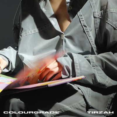 tizrah colourgrade domino