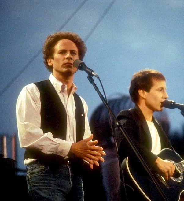 Paul Simon et Art Garfunkel à Central Park, le samedi 19 septembre 1981.